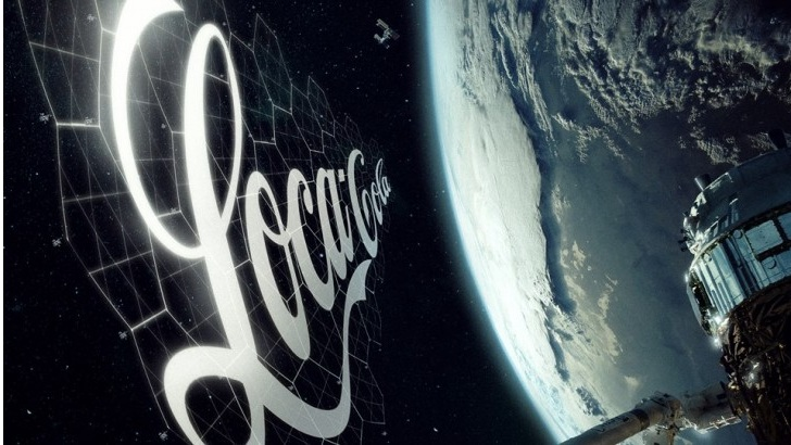 Advertising in space: in 2020 the first experiments