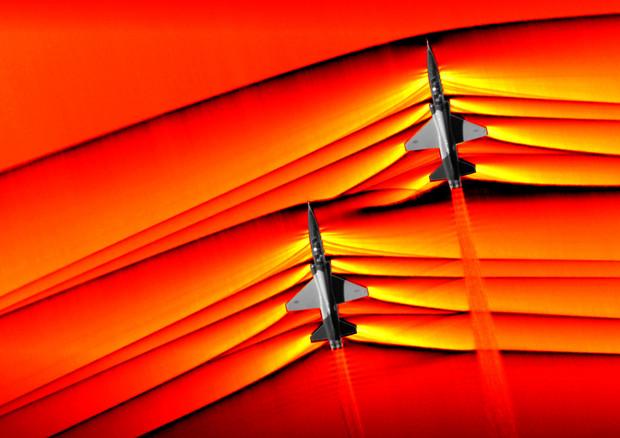 Tecnologia: fotografati per la prima volta i boom sonici degli aerei