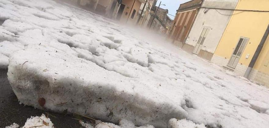 Grandinata record in Salento: strade bloccate a Sternatia