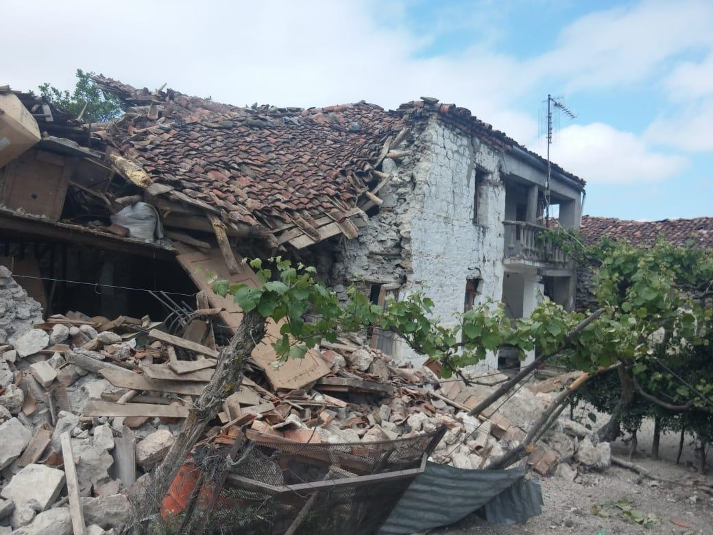 Terremoto Albania: danni ingenti e crolli. Il primo bilancio